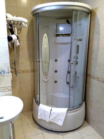 Comfort Hotel: Ванная комната