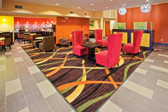 Cookeville, TN: Lobby view