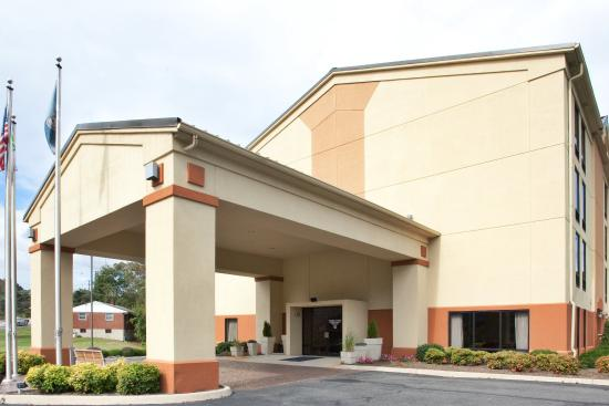 Photo of Holiday Inn Express Covington