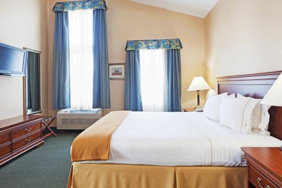 Durham, NH: Suite