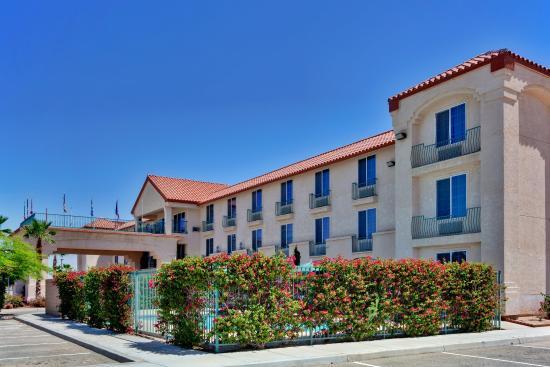 แคเล็กซิโก, แคลิฟอร์เนีย: Hotel Exterior