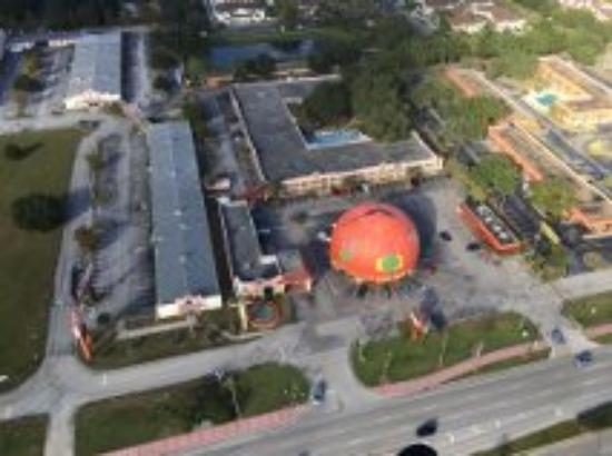 Travelodge Suites East Gate Orange: Passeio de helicoptero