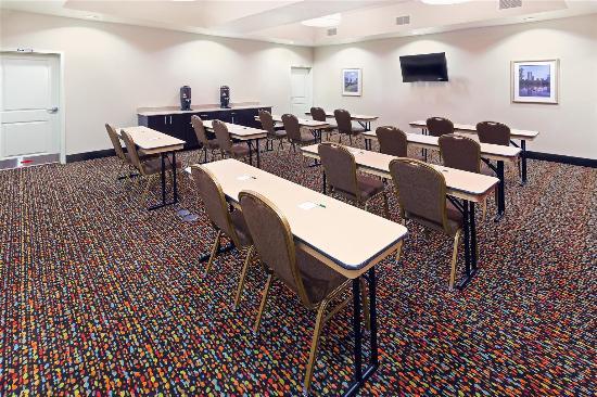 La Quinta Inn & Suites Pearsall: Meeting room