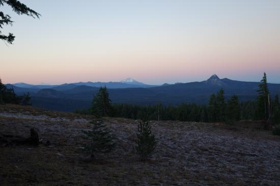 Fort Klamath, Oregón: Was able to get up and see the sunrise at Crater Lake