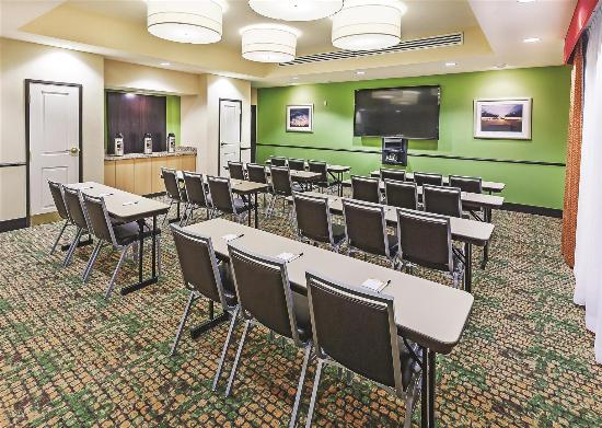 La Quinta Inn & Suites Pecos: Meeting room