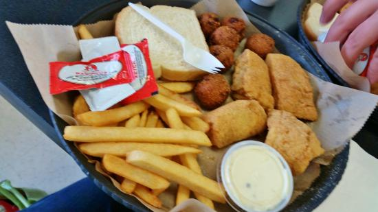 Moraine, OH: our fish lunch