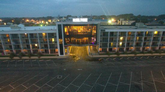 Hotel Tybee Photo