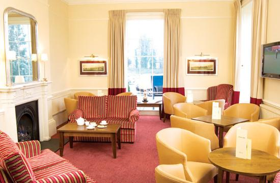 The Chase Hotel: Lounge
