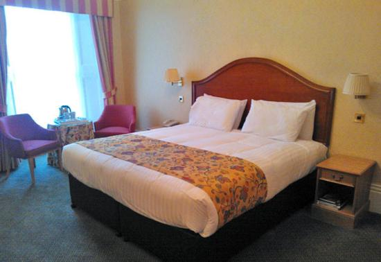 The Chase Hotel: Executive Bedroom