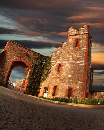 Ruthin Castle Hotel: Gatehouse