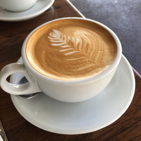 Courtyard Cafe: Flat white