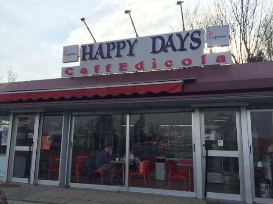 ‪Happy Days Cafe‬