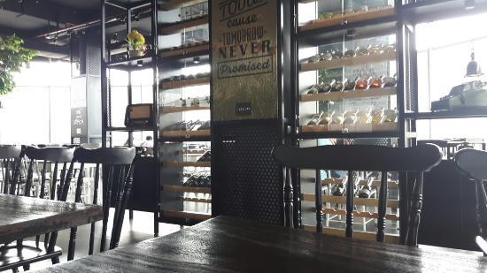 Carnivor Skybar & Grill