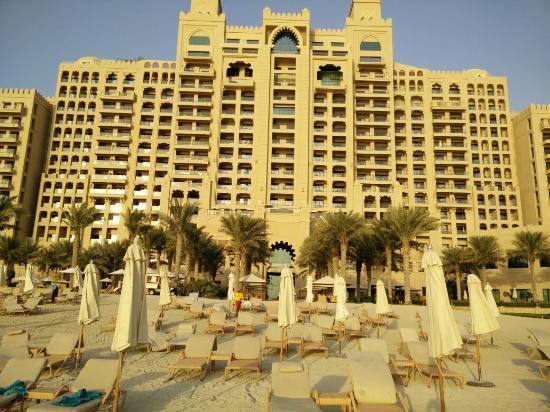 A day at Fairmont Dubai