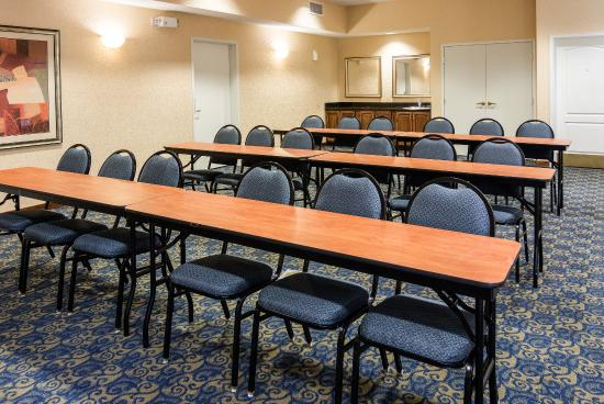 Comfort Suites Nacogdoches: Meeting Room