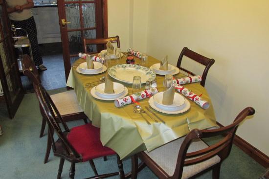 Poachers Den: Christmas Dining table