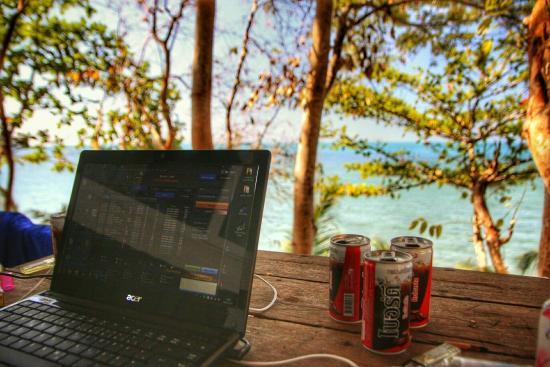 Bai Lan Bay Resort: snapseed-66_large.jpg