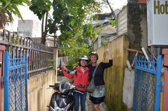 HueNino Hotel: Met Kim op pad