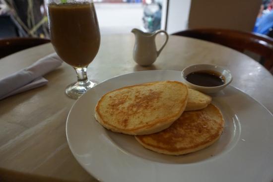 Moca Cafe : パンケーキです。