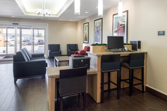Comfort Inn & Suites Odessa: Business Center