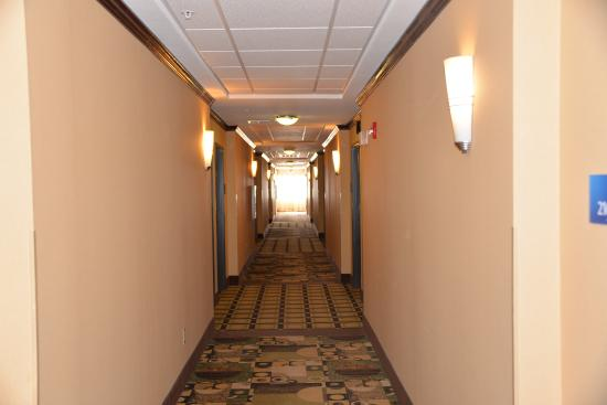 Dumas, TX: Hallway