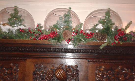 The Manor Elstree: Christmas decoration