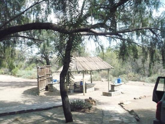 Neuras: N/a'an ku se Wine and Wildlife Estate: Baii area of the old complex
