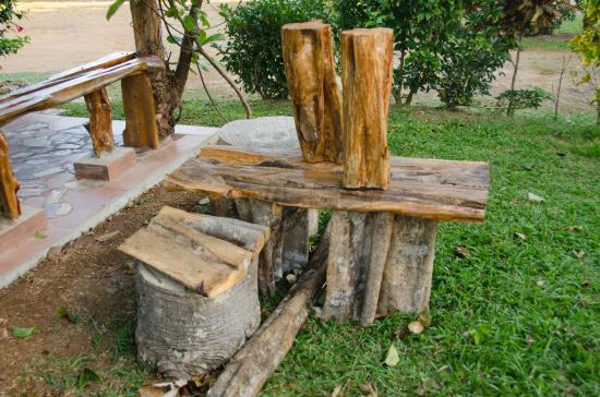 Coffee Mountain Inn Local Wood Used To Make Furniture
