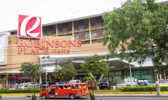 Go Hotels Iloilo Robinson S Place And Hotel