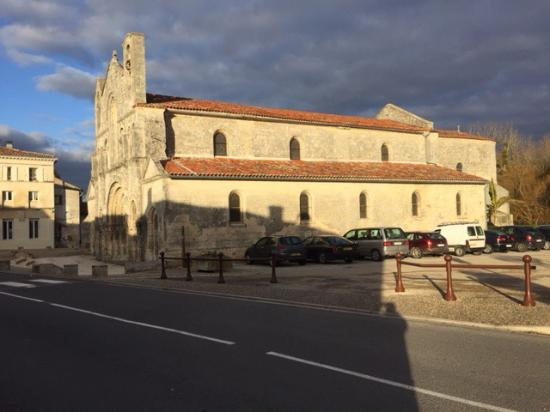 Pons, France: photo4.jpg