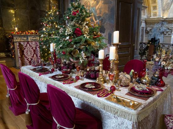 Castle Howard: Table set for Christmas Dinner