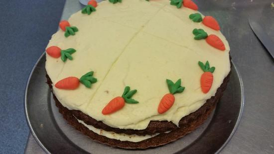 Newent, UK: Cakes