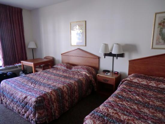 Lucedale, MS: Room