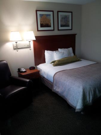 Candlewood Suites Fredericksburg