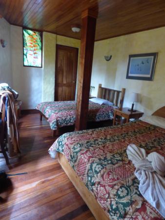 Hotel Claro de Luna: Chambre sous la réception