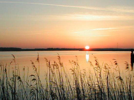 Karlshagen, Alemanha: Sonnenuntergang am Yachthafen