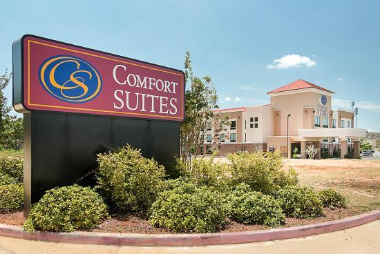 Comfort Suites Natchitoches: Exterior