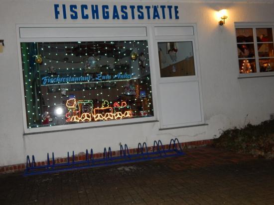 Dranske, Niemcy: 28.12.2015 Festlich geschmückt