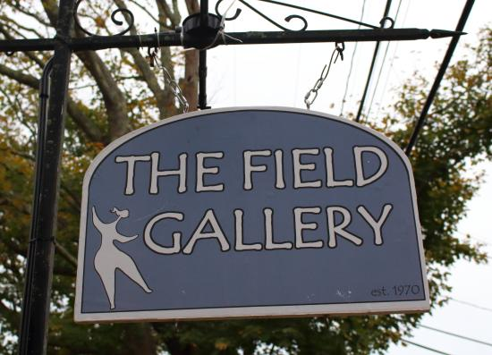 West Tisbury, MA: The Field Gallery