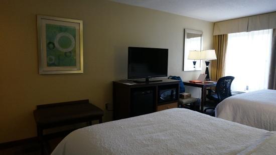 Hampton Inn & Suites Fort Myers Beach / Sanibel Gateway: Habitacion