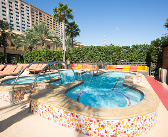The 5 Best Biloxi Hotels With Balconies Aug 2020 With Prices