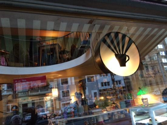 Südstadt: Leuchte Kaffeebar </div>                                   </div> </div>       </div>                      </div> <div class=
