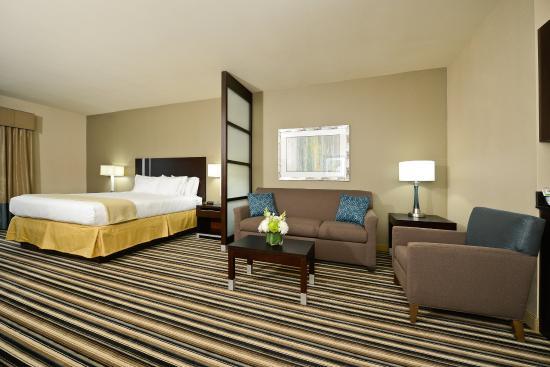 Forrest City, AR: King Suite