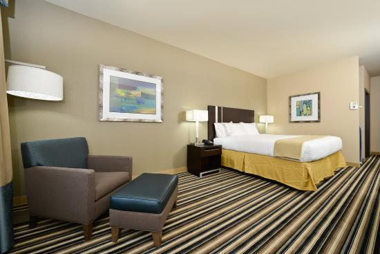 Forrest City, AR: King Bed Guest Room