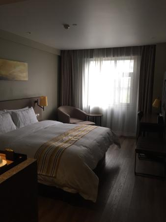 Home Inn (Shanghai Xu Jia Hui): photo0.jpg