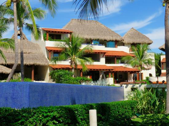 Playa Blanca, Mexico: Gorgeous small hotel. Infinity pool.