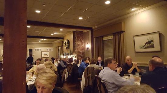 Mendenhall, PA: Dining room