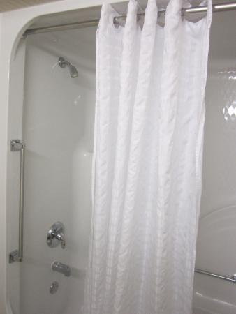 Country Inn & Suites By Carlson, Lancaster (Amish Country): Shower/tub