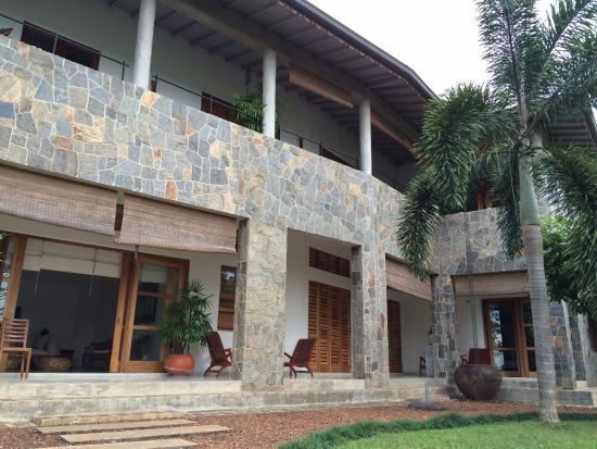 Baramba House: Main building