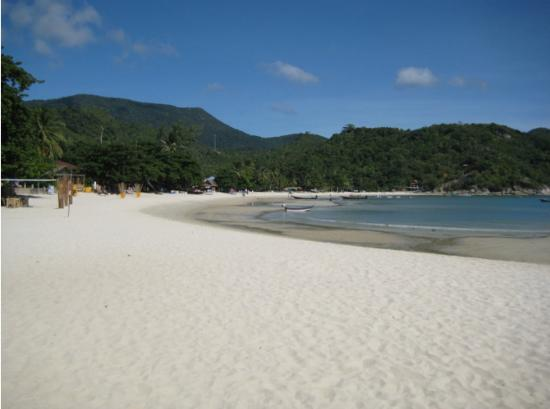 Havana Beach Resort Located On Naipan Yai